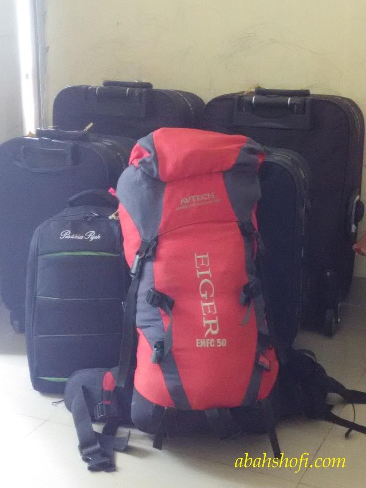 Persiapan perjalanan Jakarta Manchester