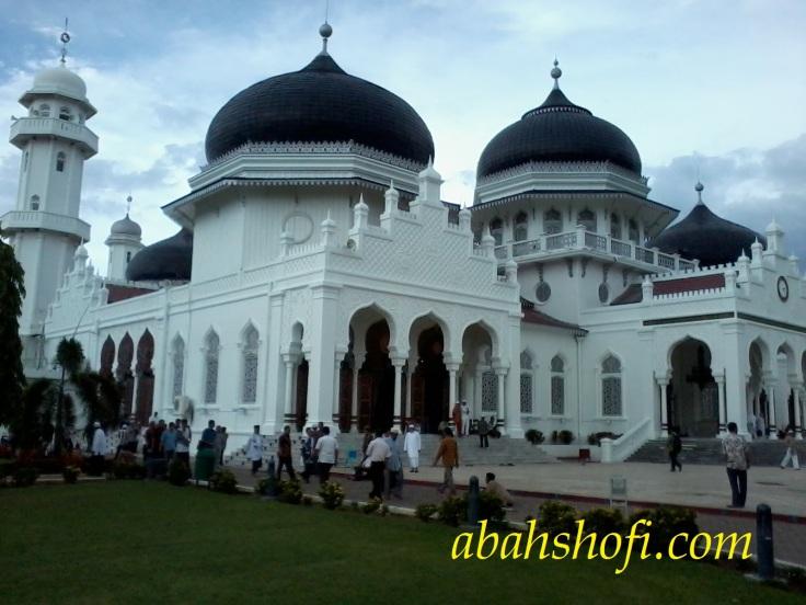 Jalan - jalan ke banda aceh masjid baiturrahman aceh